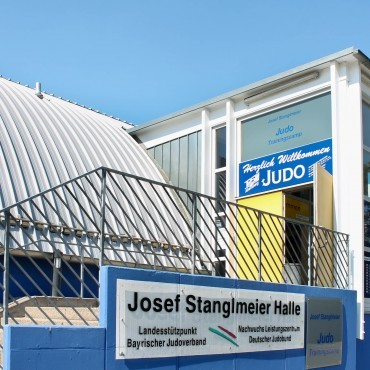 Fitnesscamp in der Josef Stanglmeier Halle, Abensberg.